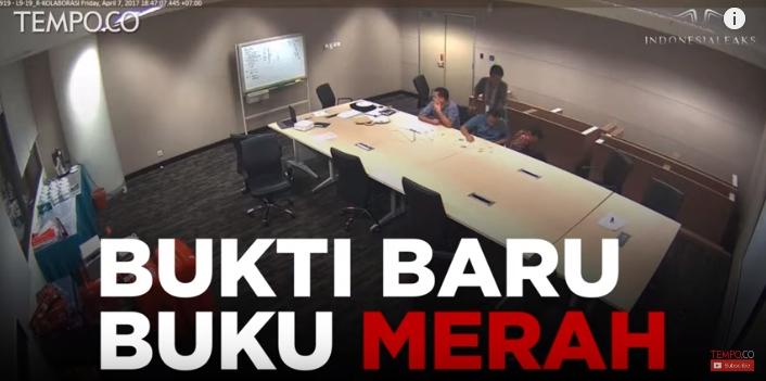CCTV Perusakan Buku Merah